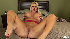 Karen enjoys the hardcore adventure on the bed and receives his cum in her mouth